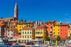 罗维尼,美丽的老镇在克罗地亚,欧洲的Istria 库存图片
