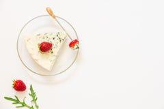 羊乳干酪,从左边的草莓 库存图片