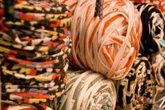 羊毛和绳子卷轴 库存图片