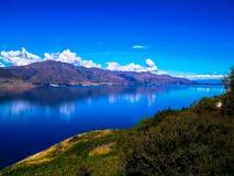 美丽和田园诗哈威亚湖,南岛,新西兰 免版税库存照片