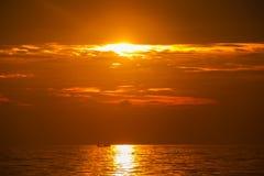 美丽在海运日落 免版税库存照片