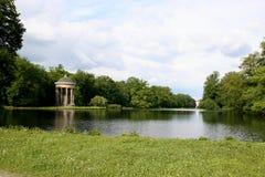 美丽如画横向的公园 免版税库存图片
