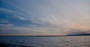 美丽如画的日落在皮吉特湾 库存图片