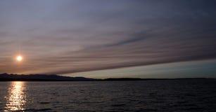 美丽如画的日落在皮吉特湾 库存照片