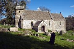 美丽如画的老教会, Duntisbourne唤醒, Cotswolds,英国 免版税库存照片