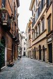 美丽如画的街道在罗马 库存照片