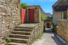 美丽如画的中世纪村庄大别墅沙隆 库存照片