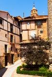 美丽如画的住所房子在Albarracin 库存图片