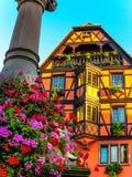 美丽如画的半木料半灰泥的房子在Obernai,阿尔萨斯,法国 免版税图库摄影