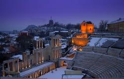 美丽如画的古老剧院,普罗夫迪夫冬天 免版税库存照片