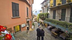 美丽如画的小街道在贝拉焦镇,科莫湖,意大利 股票视频