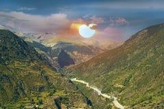美丽如画的山风景 免版税库存照片