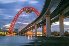 美丽如画的桥梁在莫斯科在冬天 库存图片
