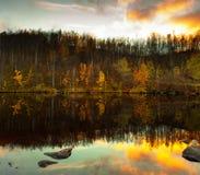 美丽如画的秋天横向 免版税库存照片