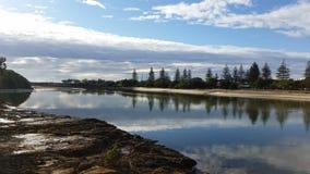 美丽如画的Tallebudgera小河,英属黄金海岸,澳大利亚 免版税图库摄影