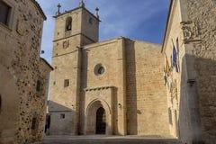 美丽的中世纪市卡塞里斯在埃斯特雷马杜拉 免版税库存图片
