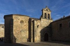 美丽的中世纪市卡塞里斯在埃斯特雷马杜拉 库存图片