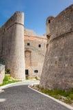 美丽的中世纪被修筑的杜布罗夫尼克市墙壁 库存图片