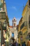 美丽的中央步行街道在哈瓦那 免版税库存图片