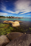 美丽的丹戎Tinggi海滩Belitong 免版税库存图片