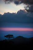 美丽的云彩光芒星期日 免版税图库摄影