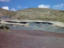 美丽的五颜六色的山山脉de los弗赖莱斯在玻利维亚 图库摄影