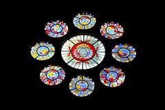 美丽的五颜六色的污迹玻璃窗 彩色玻璃绘画 库存例证