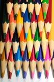 五颜六色的铅笔四行  免版税库存照片