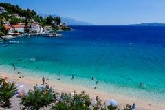 美丽的亚得里亚海的海滩和盐水湖 库存图片