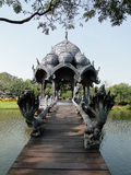 美丽的亭子在古城,泰国。 库存图片