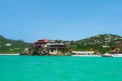 美丽的伊甸园岩石旅馆在圣Barts,法属西印度群岛 免版税库存图片