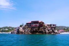 美丽的伊甸园岩石旅馆在圣Barts,法属西印度群岛 库存照片