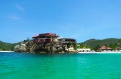 美丽的伊甸园岩石旅馆在圣Barts 免版税图库摄影
