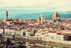 美丽的佛罗伦萨,托斯卡纳,意大利,减速火箭的黄色照片过滤器 免版税库存照片