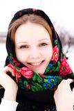 美丽的俄国女孩画象披肩的 免版税库存照片