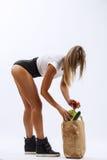 美丽的健身女孩,背景白色 库存图片