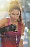 美丽的健身妇女 图库摄影