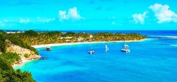 美丽的加勒比手段和海滩的空中图象 图库摄影