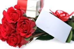 美丽的卡名红色玫瑰 免版税图库摄影