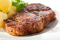 美丽的可口猪肉牛排 免版税库存照片