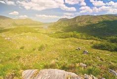 美丽的史诗爱尔兰从Th的乡下农村风景风景 库存照片