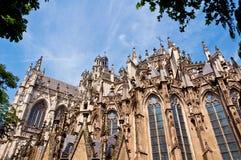 美丽的哥特式样式大教堂在登博斯,荷兰 图库摄影