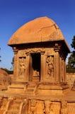 美丽的唯一石头在马马拉普拉姆雕刻了大厅五rathas 免版税库存图片