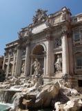 美丽的喷泉晚上罗马trevi 免版税库存照片