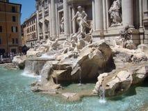 美丽的喷泉晚上罗马trevi 库存图片
