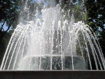 美丽的喷泉 免版税库存图片