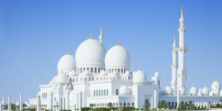 美丽的回教族长扎耶德Mosque在阿布扎比市,阿拉伯联合酋长国 库存照片