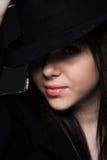 美丽的圆顶硬礼帽妇女 免版税库存照片