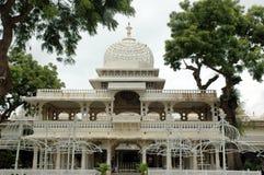 美丽的城市内部宫殿udaipur 免版税库存照片