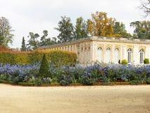 美丽的大别墅法语庭院凡尔赛 免版税库存照片